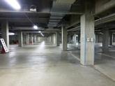地下駐車場